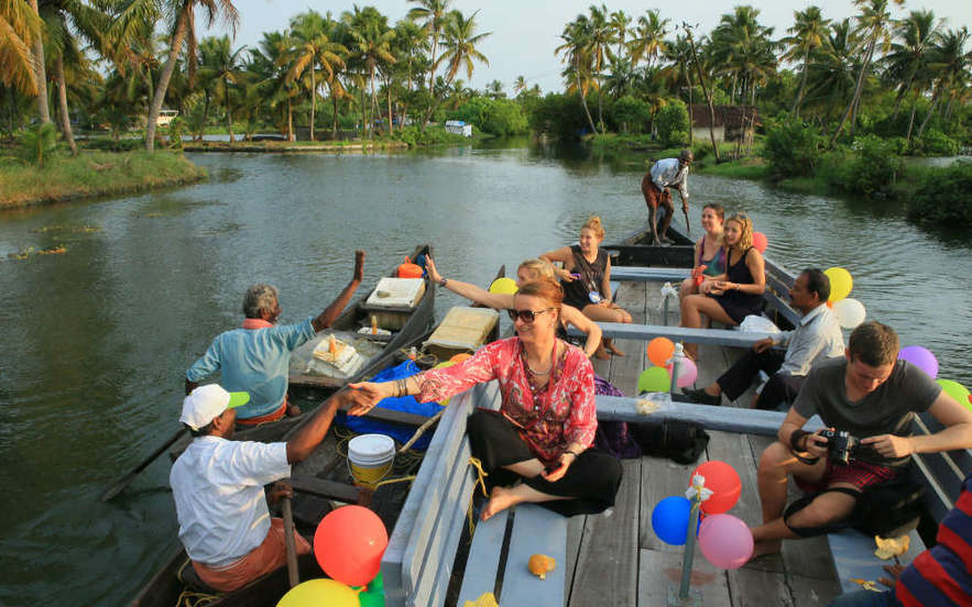 The Classic Kerala Group Tour - From Globe Travel Centre